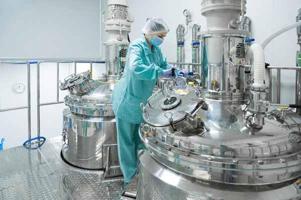 ساخت چیلر صنعتی برای تولید دارو